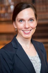 Lauren Bates